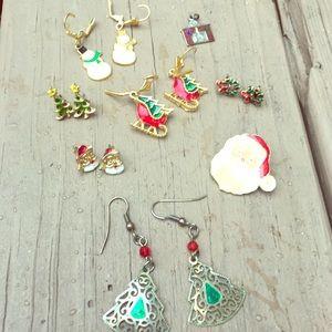 Jewelry - Christmas jewelry lot